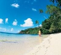 Vita vera alle isole Fiji senza cocktails con l'ombrellino!