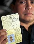 Documenti non validi»: bloccati i nativi d'America. A rischio il campionato del mondo di lacrosse