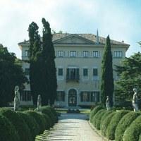 """Terza edizione di """"Antiquari in villa"""" a Desenzano"""