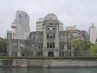 Giappone, Hiroshima ricorda morti nel 64mo anniversario bomba