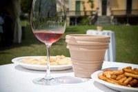 Un brindisi vista lago: torna la Fiera del vino di Polpenazze