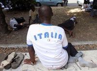 Permesso a punti: gli stranieri obbligati a essere migliori degli italiani