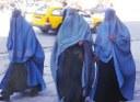 Donne – Grazie alla cooperazione italiana in Afghanistan 5.700 donne coinvolte in corsi di formazione: dalla pollicoltura al fotovoltaico