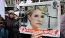 Julija Tymoshenko: mentre si tratta per il trasferimento fuori dalla prigione dell'eroina arancione il mondo politico italiano si mobilita per la democrazia in Ucraina