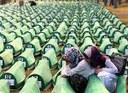 Cartoline da una fossa chiamata Srebrenica